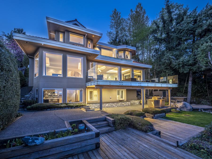 1560 Chippendale Court, Canterbury WV, West Vancouver 2