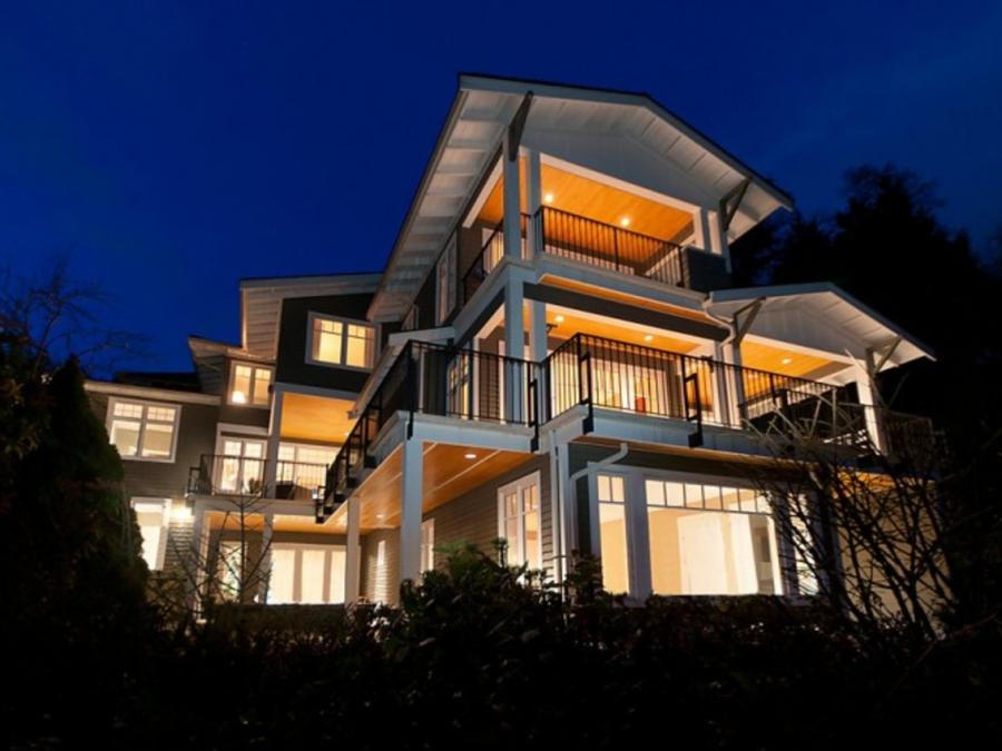 2698 Finch Hill, Canterbury WV, West Vancouver 2
